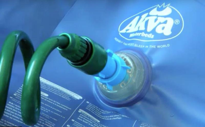 remplir matelas eau